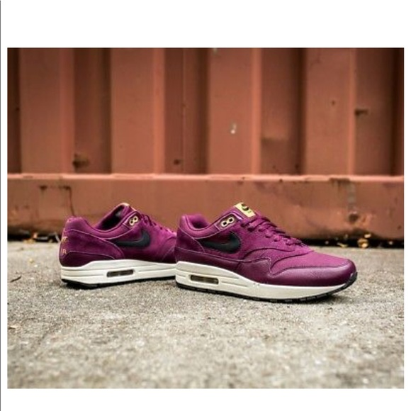 newest b93e1 9c959 Nike Air Max 1 PRM Premium Bordeaux Extra Butter